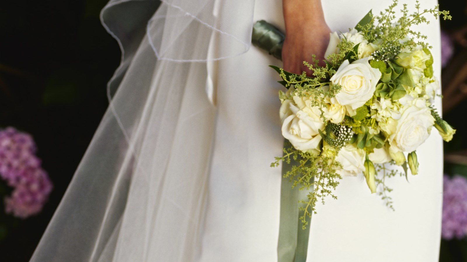 Used wedding dresses in kansas city wedding dresses asian for Used wedding dresses kansas city