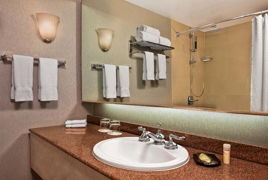 Westin Guest Room Bathroom